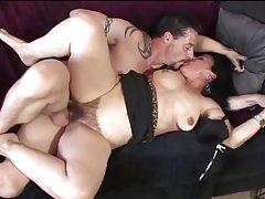 Owłosiona seks dziewczyny Babcia dostać fucked (kompilacja)