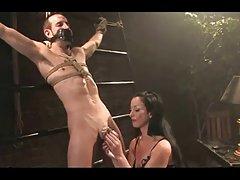 Chastety, filmik o seksie dokuczanie i niewola