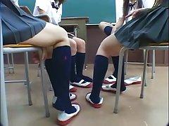 Filmiki erotyczne darmowe azjatycka granatowy podkolanówki cum
