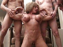 Filmy xxx za darmo mięśni bitch queen (1 z 4)