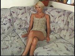 Krótkie filmiki porno na telefon za darmo włosy tatuaż blondynka dziwka jest kurwa anal Podwójna penetracja dla faceta